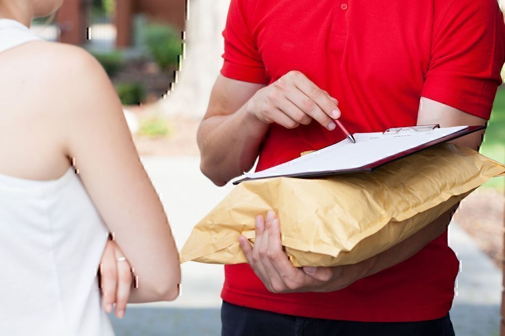 10 Ways to Improve Shipping and Delivery Service