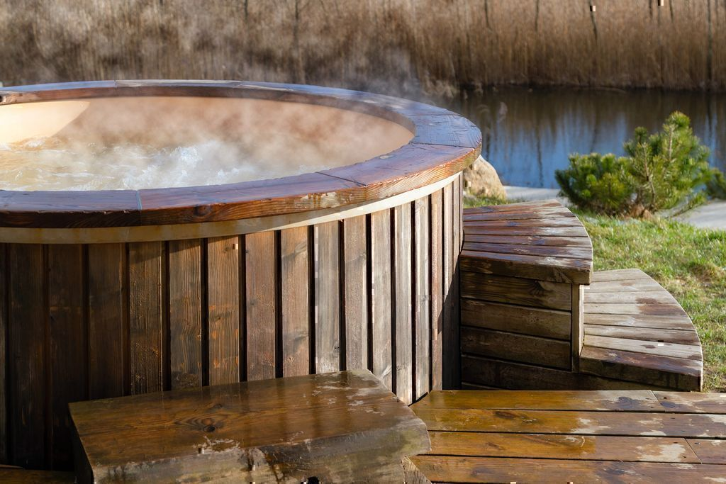 10 Questions to Ask When Buying a Hot Tub