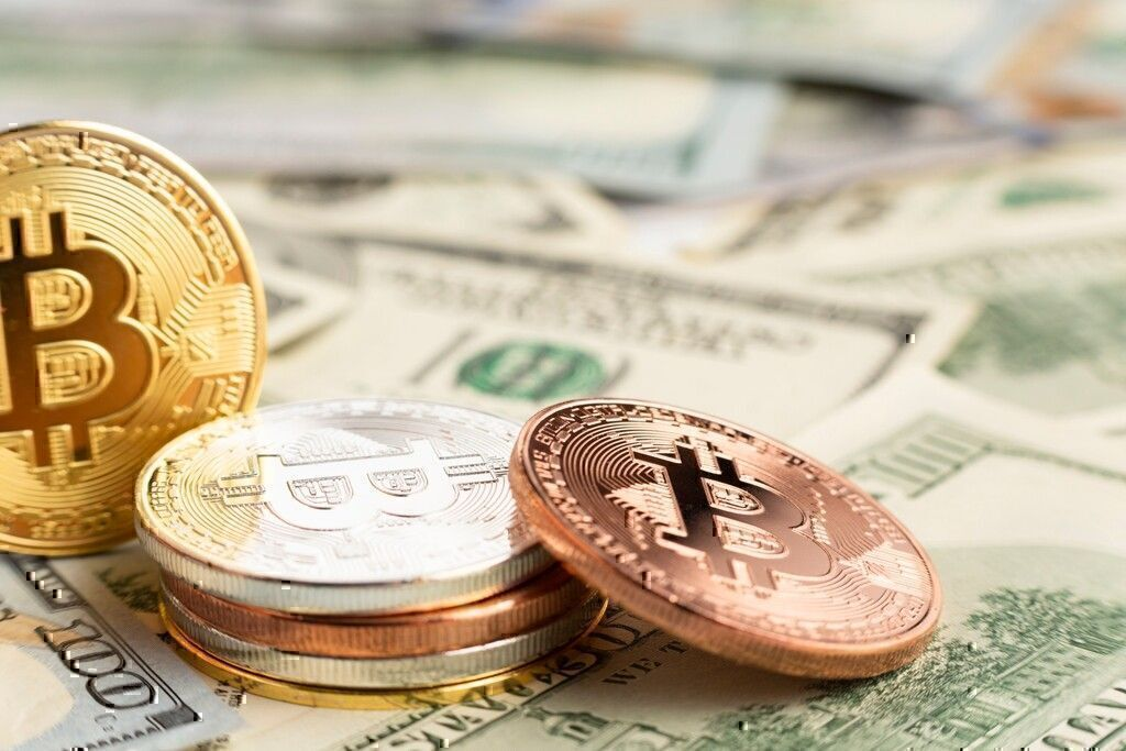 Top Cryptocurrency Experts About Blockchain, Crypto Trading, and Investing